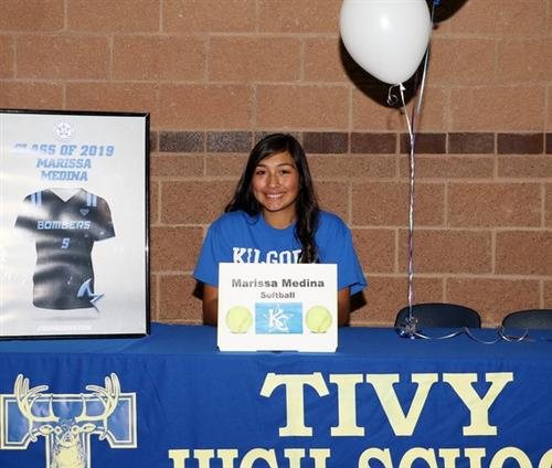 Medina signing with kilgore college